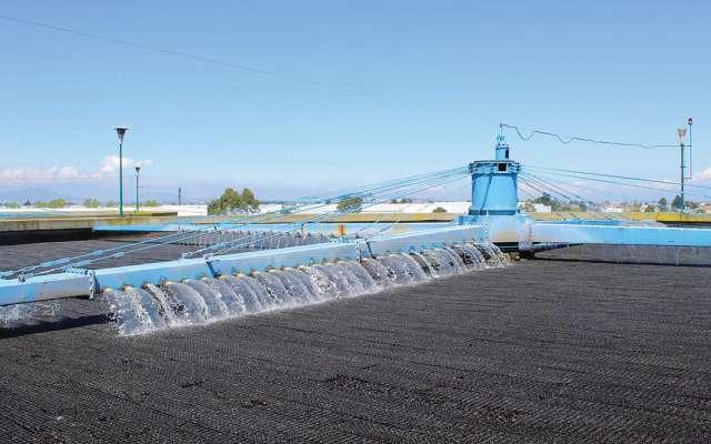 Los programas buscan mejorar la red de agua potable. Notimex