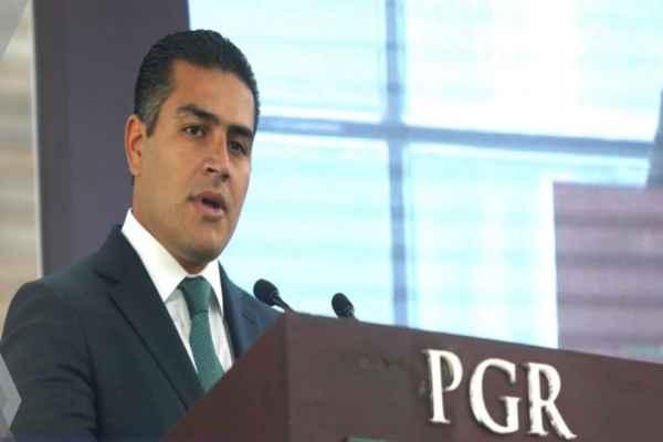 Omar García Harfuch titular de la AIC dijo que la dependencia no atiendecasos por consigna. Foto: PGR
