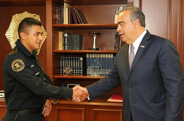 El encuentro con el jefe de la policía de la CDMX, se llevó a cabo en el edificio sede de la dependencia