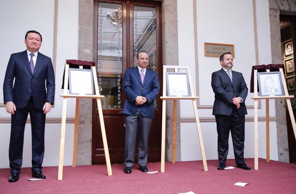 Navarrete Prida destacó que el Gobierno de la República reconoce y agradece el trabajo realizado por los homenajeados. Foto: @SEGOB_mx