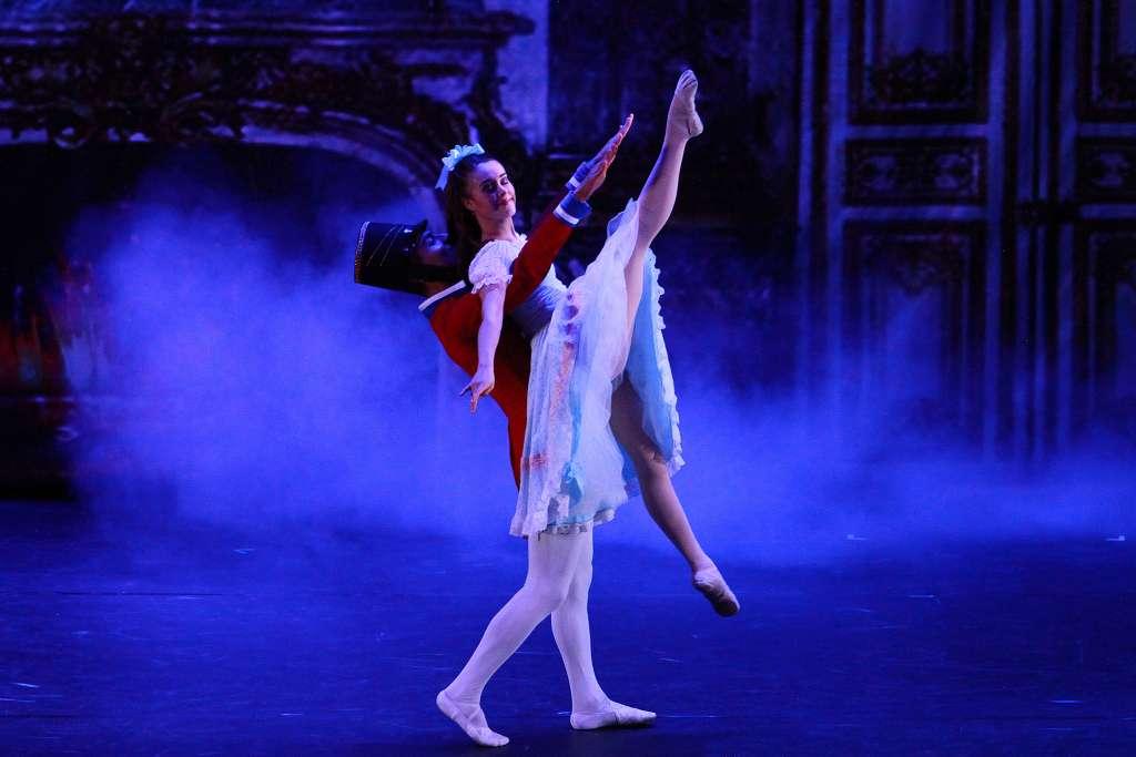 En el espectáculo participaron 70 bailarines  FOTO: NOTIMEX