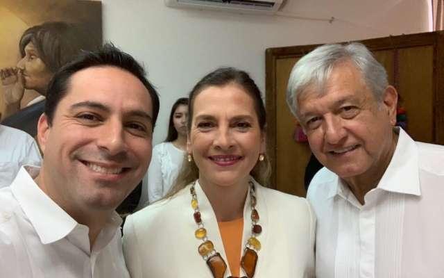 El gobernador y el Presidente se encontraron en la toma de protesta del gobernador de Chiapas. FOTO:NOTIMEX