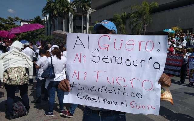 Los grupos inconformes dieron a conocer que buscarán acercamiento al presidente de México.