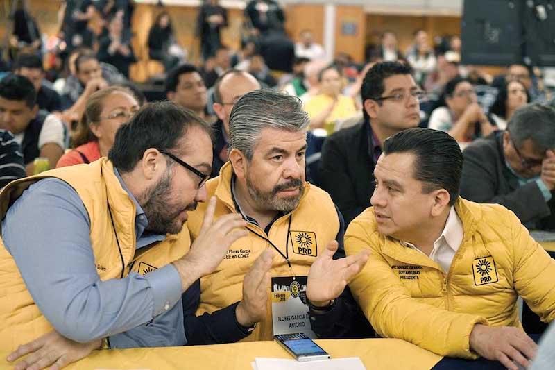 Mauricio Toledo, Raúl Flores y Manuel Granados, la élite del sol azteca que no pudo evitar la caída. Foto: Leslie Pérez / El Heraldo de México.