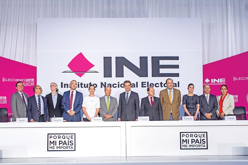 Lorenzo Córdova Vianello, consejero presidente del INE, encabezó una conferencia de prensa junto a otros consejeros, para hablar del pasado proceso electoral del primero de julio.  FOTO: ISAAC ESQUIVEL CUARTOSCURO.COM