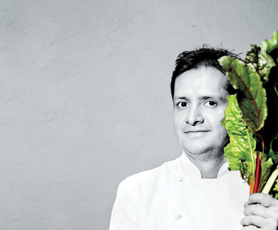 Quintonil: Liderado por el chef Jorge Vallejo en la cocina y Alejandra Flores en la sala.