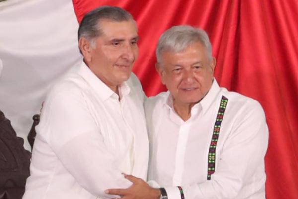 El presidente López Obrador acudió a la toma de protesta. FOTO: Mauricio Collado