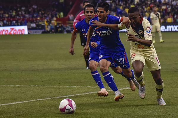 América será local en el partido del jueves en el estadio Azteca.  FOTO: CUARTOSCURO