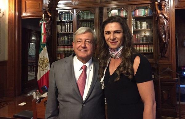 La tarde de este jueves, Guevara Espinoza visitó Palacio Nacional para reunirse con el Presidente Andrés Manuel López Obrador y allí se agendó la fecha de su protesta para el 10 de diciembre. Foto: Especial