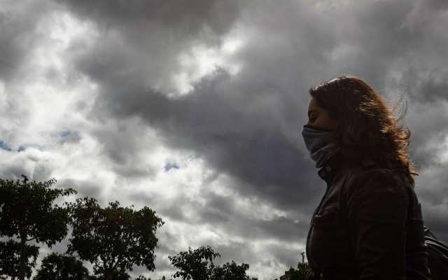 Por lo anterior, exhorta a la población a mantenerse informada sobre las condiciones meteorológicas