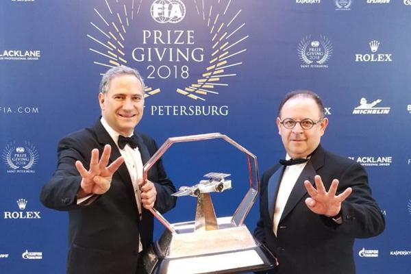 El premio fue recibido por Alejandro Soberón Kuri. FOTO: ESPECIAL