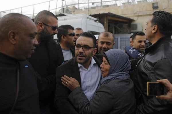 Responsables palestinos condenaron el arresto de Gheith; el segundo en poco más de un mes. Foto: AFP