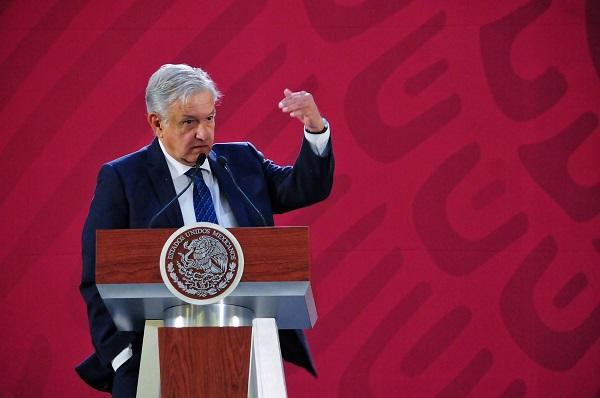 De acuerdo con el proceso, López Obrador seleccionará de entre los aspirantes de cada lista un candidato para ocupar la vacante en la Cofece y otro para la vacante en el IFT, que propondrá para su ratificación al Senado de la República. Foto: Cuartoscuro