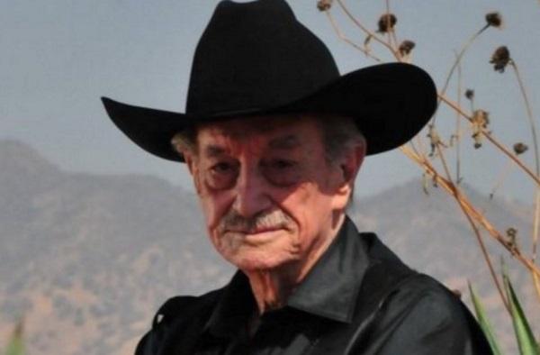 Mario Almada murió a la edad de 94 años de un ataque cardíaco masivo el 4 de octubre de 2016. Foto: Especial