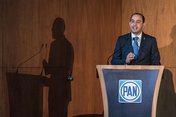 El dirigente nacional del blanquiazul detalló que el recurso que se manda se reduce a los estados y municipios.  FOTO: CUARTOSCURO