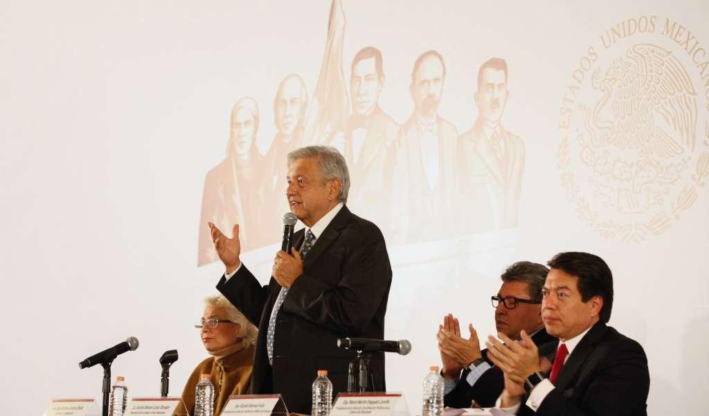 La iniciativa fue firmada por el titular Ejecutivo  FOTO: CUARTOSCURO