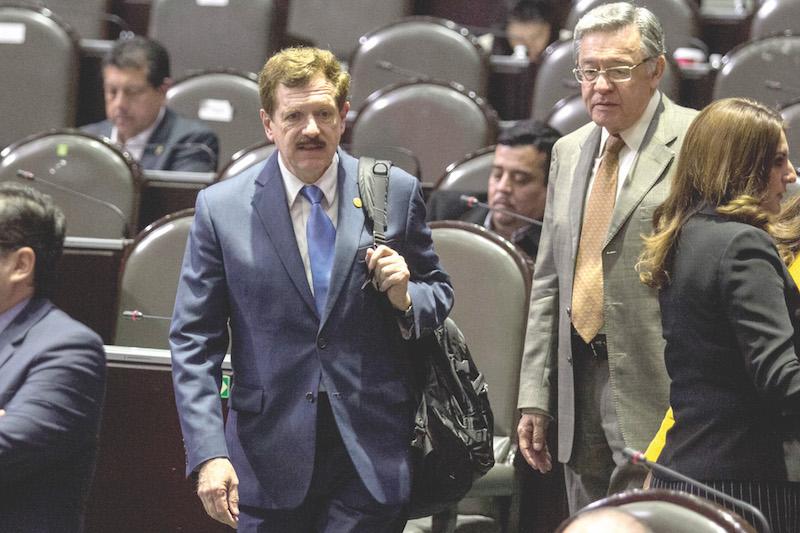 El diputado Juan Carlos Romero Hicks fue quien alertó del error en el texto.FOTO: GALO CAÑAS /CUARTOSCURO.COM