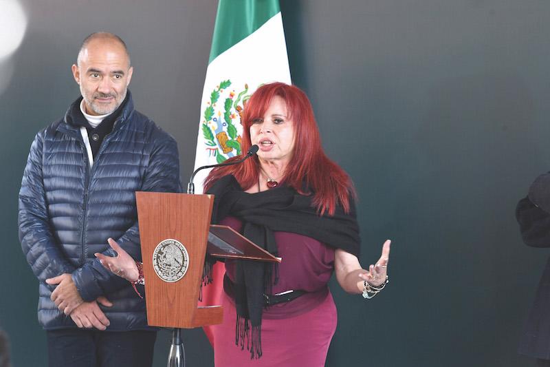 Layda Sansores habló a nombre de los vecinos afectados por las obras de la L-12. Foto: Leslie Pérez / El Heraldo de México