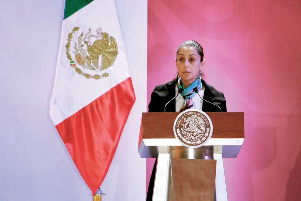 La jefa de Gobierno de la Ciudad de México, Claudia Sheinbaum, participó en el marco del Encuentro Nacional para la Construcción de la Paz y Seguridad, en el Colegio Militar, organizado para dar conocer los lineamientos del nuevo gobierno sobre el tema. Foto: Notimex