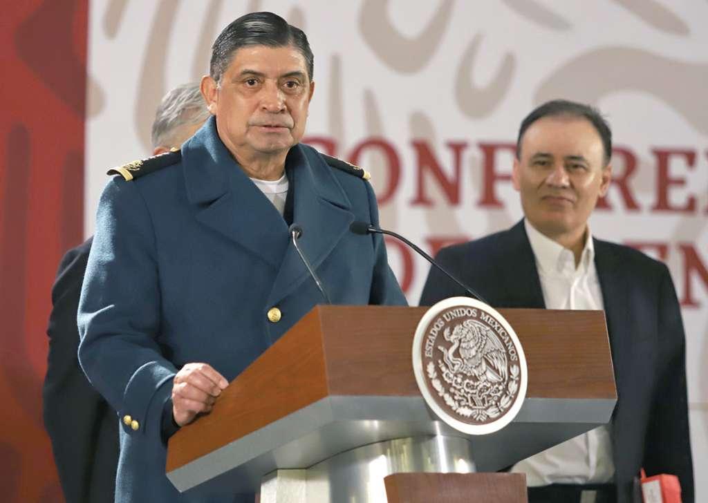 El general Sandoval González, ayer, anunció la nueva estrategia. Foto: Víctor Gahbler / El Heraldo de México