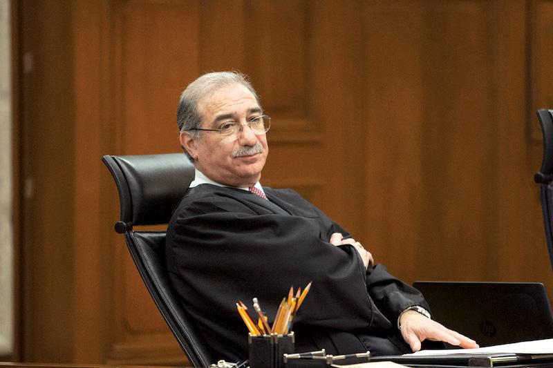 El ministro Alberto Pérez Dayán ordenó frenar la legislación para regular salarios. FOTO: MOISÉS PABLO /CUARTOSCURO.COM