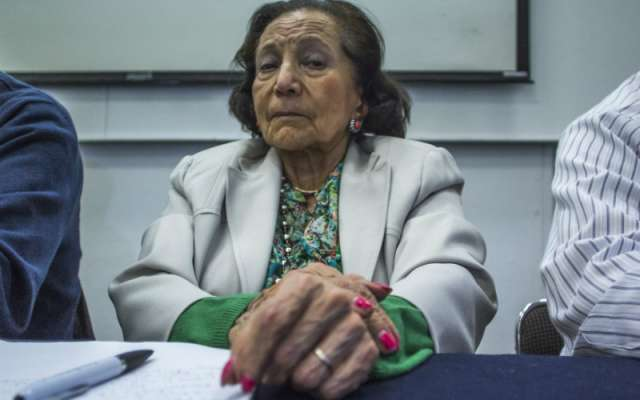 Rosario Ibarra de Piedra es una activista en defensa de los Derechos Humanos, fundadora del Comité ¡Eureka! y ex senadora por el Partido del Trabajo
