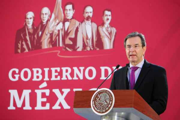 Moctezuma anunció la creación del Instituto Nacional para la Revalorización del Magisterio y la Mejora Continua de la Educación. Foto: Cuartoscuro