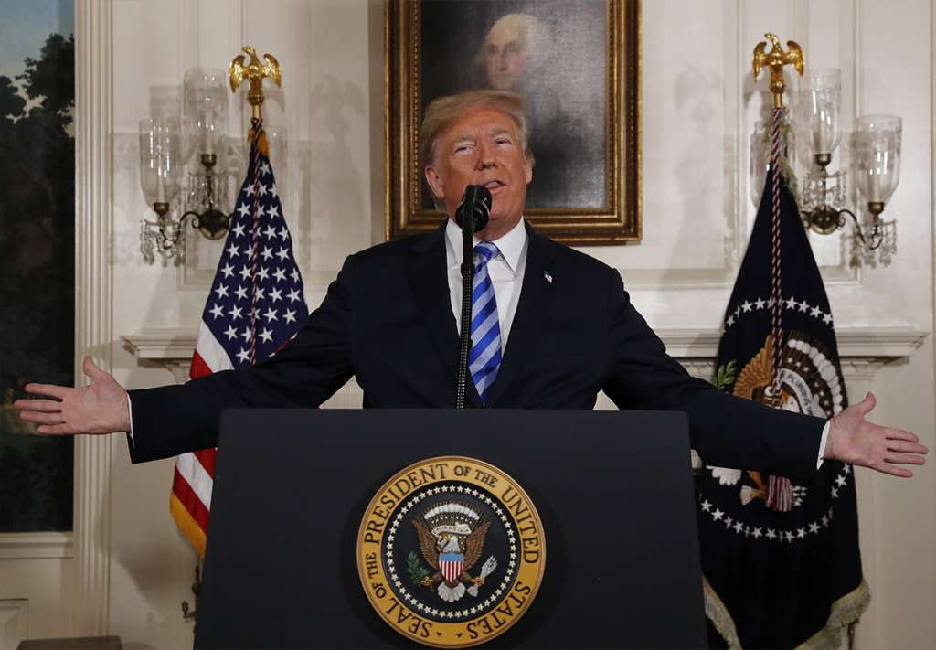Pide a los demócratas recursos para construir el muro fronterizo. FOTO: REUTERS
