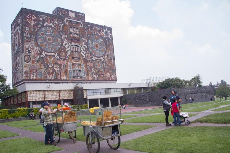 Los adeudos en impuestos ponen a varias universidades en riesgo de viabilidad financiera. FOTO: VICTORIA VALTIERRA / CUARTOSCURO.COM