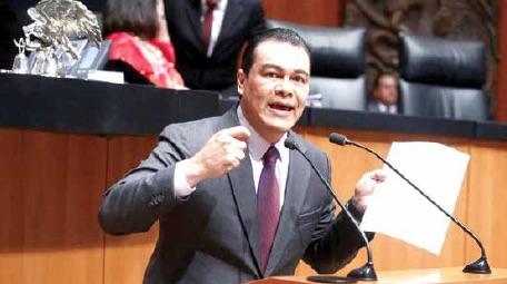 Juan Zepeda, del PRD, enojado por su relevo de la Comisión de Justicia. Foto: Especial.