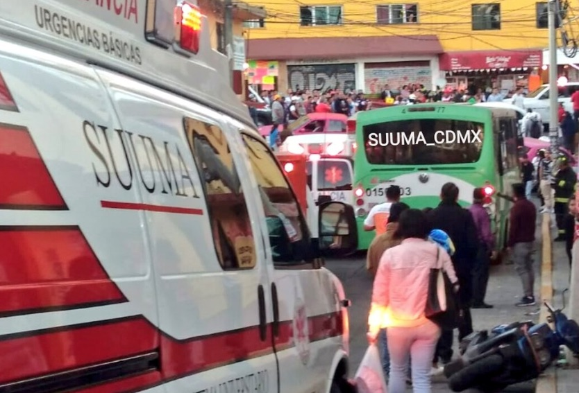 Accidente en colonia Cospus Christi. Foto: @SUUMA_CDMX