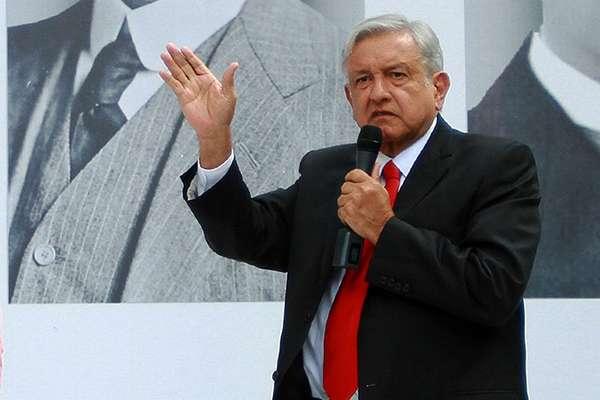 """Para marcar los cambios profundos que se ha comprometido a impulsar en su administración de gobierno, Andrés Manuel López Obrador, se ha propuesto encabezar la """"Cuarta Transformación"""" . FOTO: NOTIMEX"""