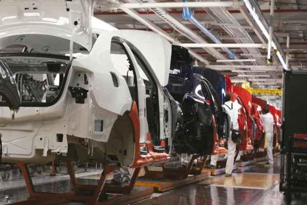 Será hasta 2021 cuando sea obligatorio que todos los autos vendidos tengan bolsas de aire instaladas. Foto: Archivo | Notimex