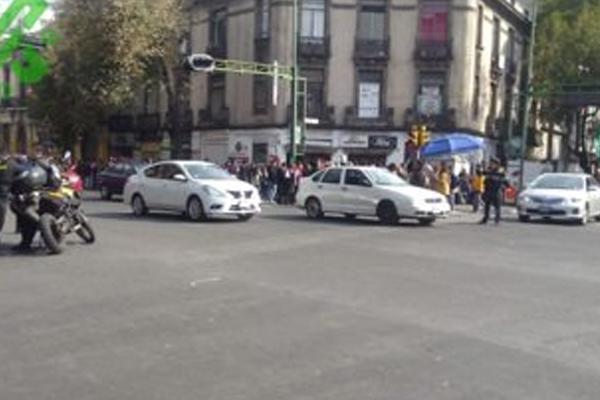 Durante dos horas bloquearon la vialidad. FOTO: ESPECIAL