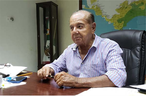 En la pasada administración del alcalde municipal por el PRD, Evodio Velázquez Aguirre, la deuda del Ayuntamiento con la CFE se incrementó. FOTO: ESPECIAL