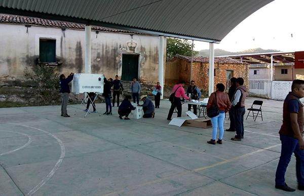 El Instituto Estatal Electoral y de Participación Ciudadana de Oaxaca, informó que este domingo, a las 08:00 horas, inició la jornada electoral extraordinaria en los municipios de San Dionisio del Mar y San Juan Ihualtepec. FOTO: NOTIMEX