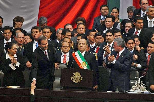 La toma de posesión del Presidente en turno en México es, un ritual político que en el año 2000 puso fin al sistema de partido único. FOTO: ARCHIVO/ NOTIMEX