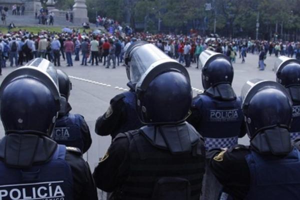 Seis mil policías integran el cuerpo de granaderos. FOTO: CUARTOSCURO
