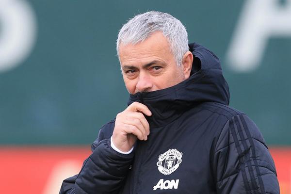 Uno de los técnicos que ha sonado para sustituir a 'Mou' es Zinédine Zidane. FOTO: AFP