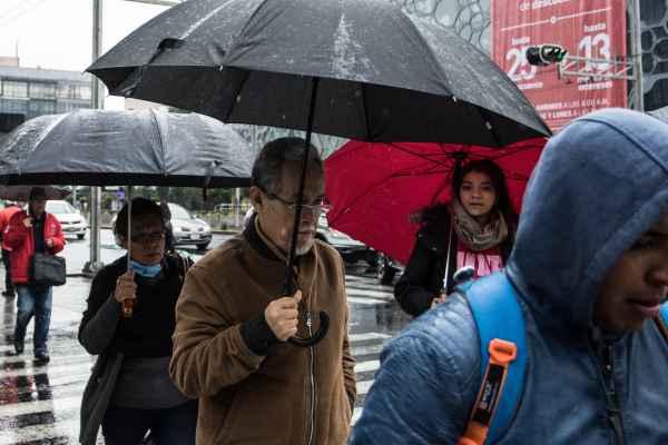 En la Ciudad de México se prevé una temperatura máxima de 22 a 24 y mínima de 6 a 8 grados Celsius. Foto: Archivo | Cuartoscuro