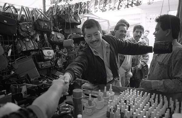 El 23 de marzo de 1994, el candidato del PRI a la presidencia, Luis Donaldo Colosio, arribó al mitin en Lomas Taurinas, Tijuana, sin saber que serían las últimas palabras que pronunciaría.  FOTO: CUARTOSCURO