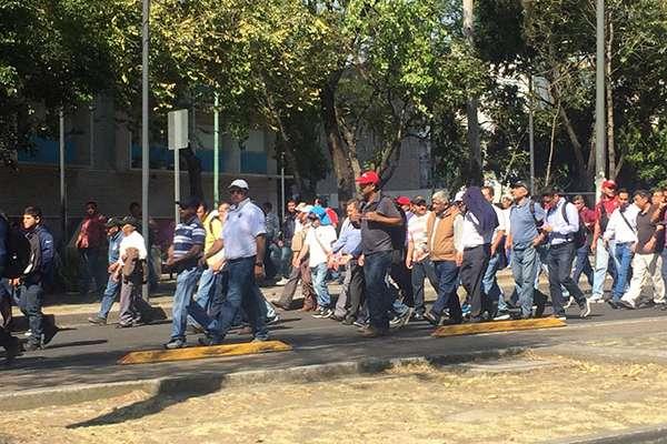 Autoridades viales han recomendado como alternativas a los automovilistas Avenida Revolución.
