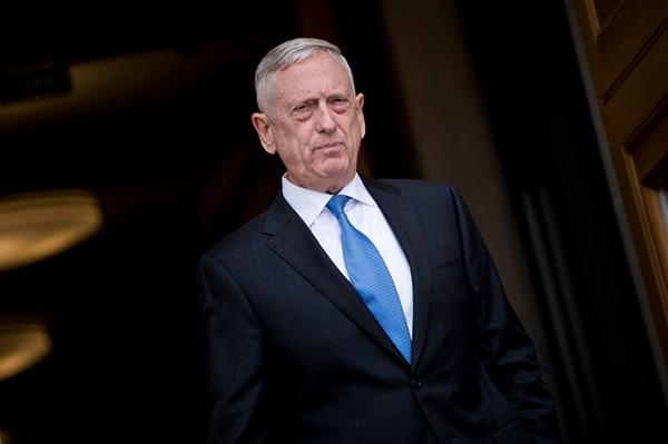 """El general Mattis explicó que su renuncia al cargo permitirá a Trump tener un Secretario de Defensa """"mejor alineado"""" con su manera de pensar. FOTO: AFP"""