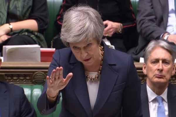 Hasta este momento el gobierno de May no cuenta con una mayoría para pasar la ley de retirada del bloque europeo. Foto: AFP