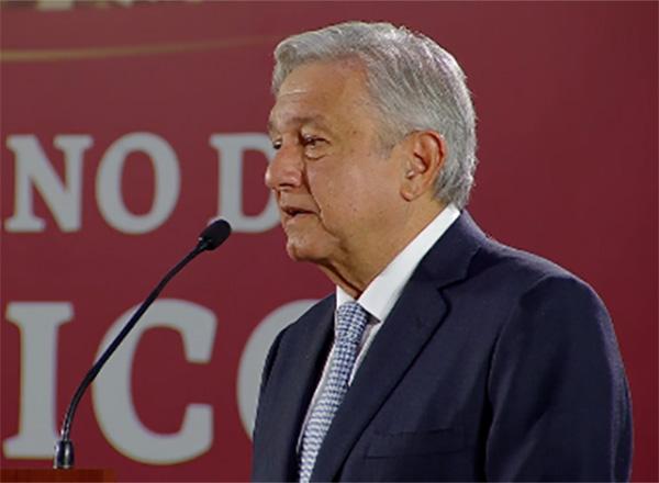 En la conferencia matutina anunció que el gobierno federal alista un programa de protección para los paisanos que regresan a México. FOTO: ESPECIAL