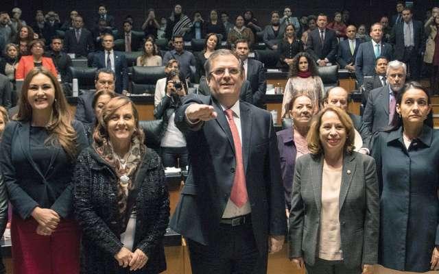 El Senado, ayer, ratificó a Ebrard Casaubón en la Secretaría de Relaciones Exteriores. FOTO: CUARTOSCURO
