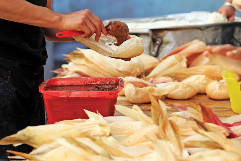 Se calcula que en México hay hasta 500 tipos de tamal, característicos por región. Foto: Cuartoscuro