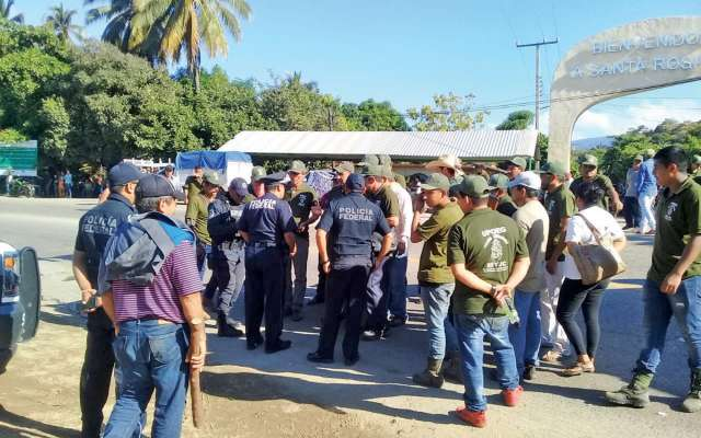 LOS INTEGRANTES DE ESTAS AUTODEFENSAS PIDEN SER CONSIDERADOS COMO OTROS GRUPOS. Foto: Especial.