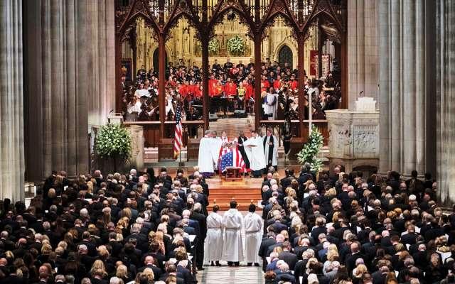 George H. W. Bush fue recordado con grandes elogios; es el último Presidente en combatir en guerra. Doug Mills/The New York Times