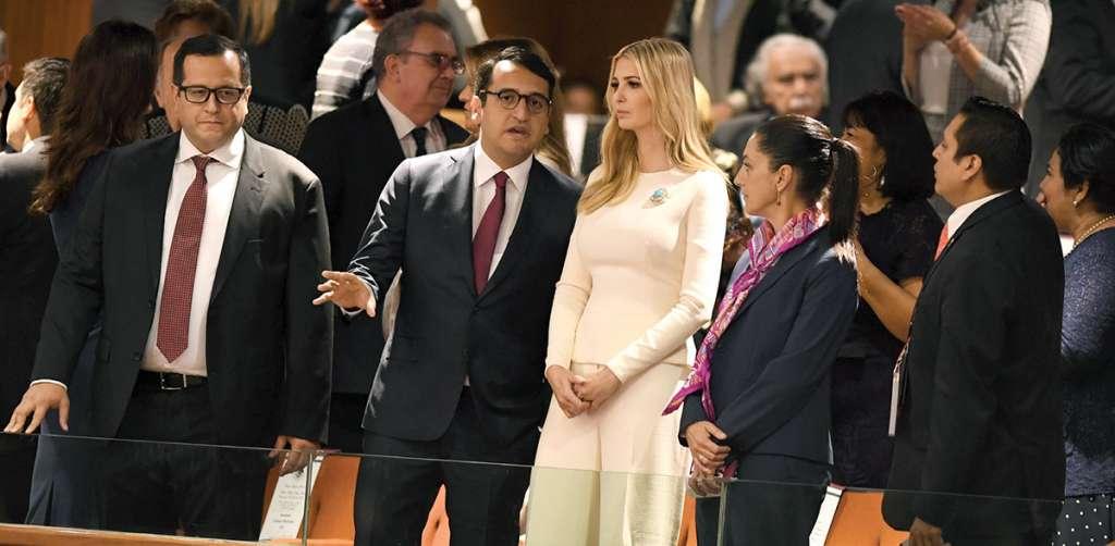 Loshijosdel Presidente, José Ramón y Andrés Manuel, acompañaron a Ivanka, junto a Claudia Sheinbaum. Foto: Leslie Pérez / El Heraldo de Méxic.